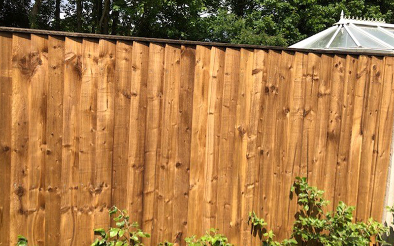 Nuxley fence build
